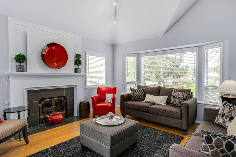 Photo 3: Photos: 2902 YEW Street in Vancouver: Kitsilano 1/2 Duplex for sale (Vancouver West)  : MLS®# R2058688