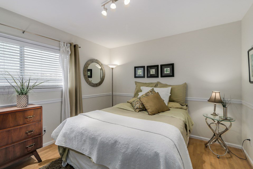 Photo 13: Photos: 2902 YEW Street in Vancouver: Kitsilano 1/2 Duplex for sale (Vancouver West)  : MLS®# R2058688