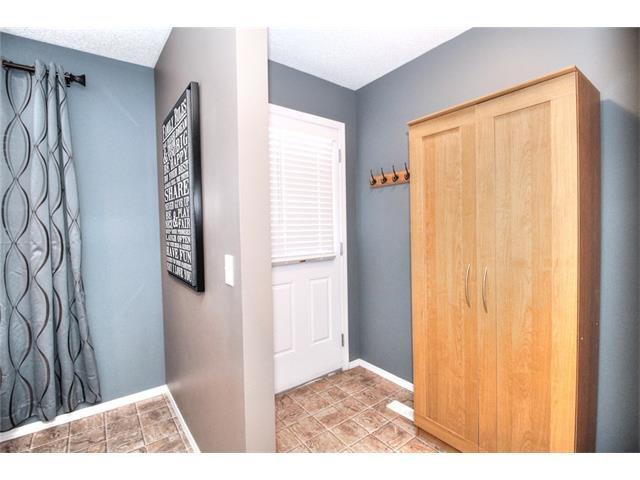 Photo 22: Photos: 710 EVERRIDGE Drive SW in Calgary: Evergreen House for sale : MLS®# C4065103