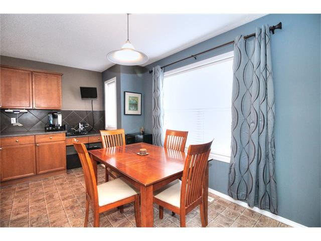 Photo 23: Photos: 710 EVERRIDGE Drive SW in Calgary: Evergreen House for sale : MLS®# C4065103