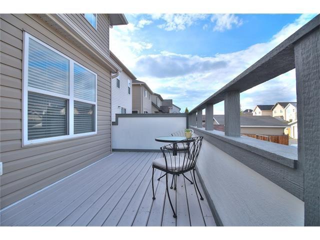 Photo 11: Photos: 710 EVERRIDGE Drive SW in Calgary: Evergreen House for sale : MLS®# C4065103