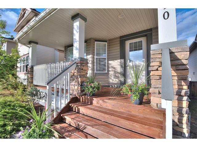 Photo 3: Photos: 710 EVERRIDGE Drive SW in Calgary: Evergreen House for sale : MLS®# C4065103