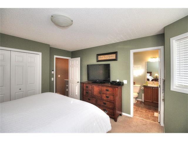 Photo 27: Photos: 710 EVERRIDGE Drive SW in Calgary: Evergreen House for sale : MLS®# C4065103