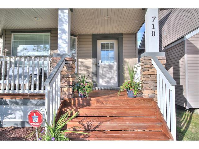 Photo 6: Photos: 710 EVERRIDGE Drive SW in Calgary: Evergreen House for sale : MLS®# C4065103