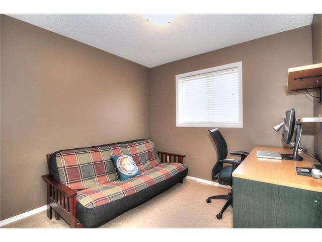 Photo 29: Photos: 710 EVERRIDGE Drive SW in Calgary: Evergreen House for sale : MLS®# C4065103