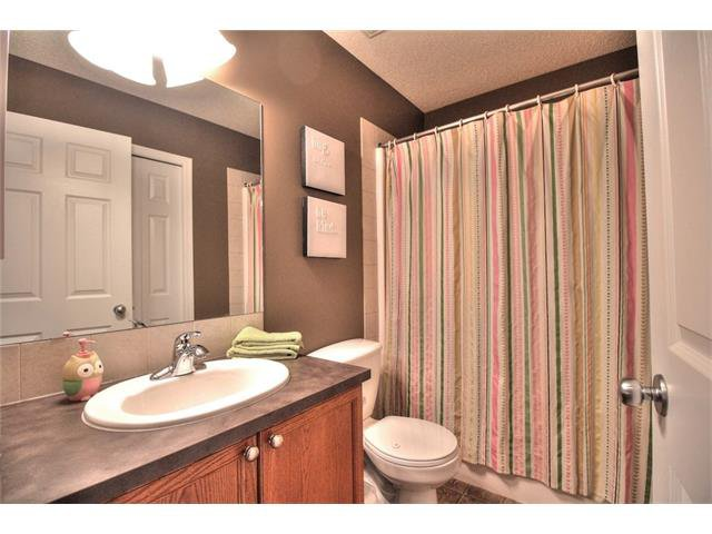 Photo 31: Photos: 710 EVERRIDGE Drive SW in Calgary: Evergreen House for sale : MLS®# C4065103