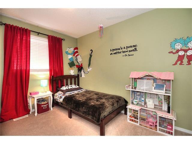 Photo 30: Photos: 710 EVERRIDGE Drive SW in Calgary: Evergreen House for sale : MLS®# C4065103