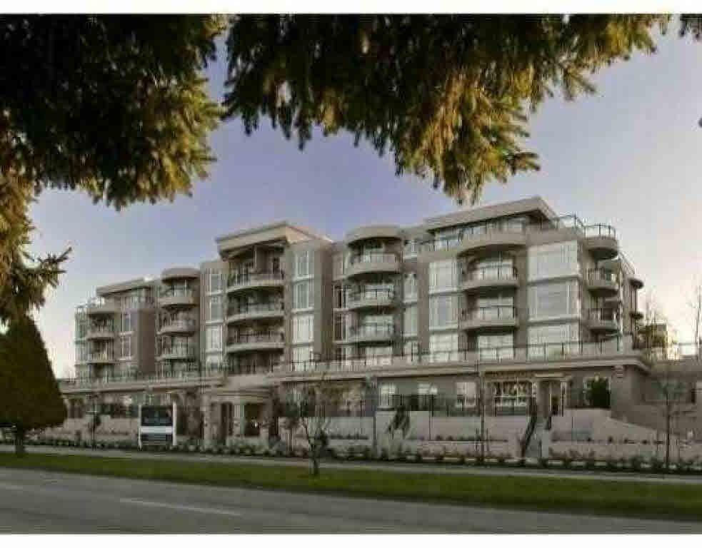 Main Photo: 106 8480 GRANVILLE AVENUE in : Brighouse South Condo for sale : MLS®# V526144