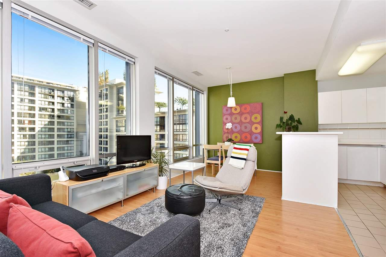 """Main Photo: 1110 989 NELSON Street in Vancouver: Downtown VW Condo for sale in """"THE ELECTRA"""" (Vancouver West)  : MLS®# R2113727"""