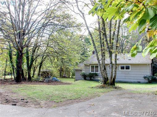 Main Photo: 9208 West Saanich Road in NORTH SAANICH: NS Ardmore Single Family Detached for sale (North Saanich)  : MLS®# 377240