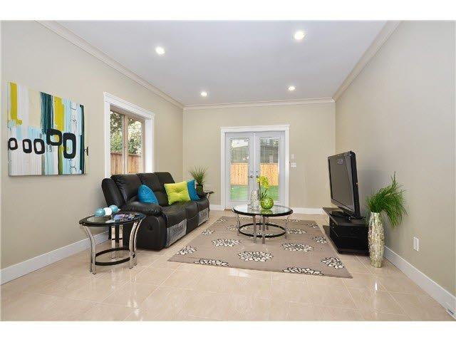 Main Photo: 5805 RUMBLE STREET in : Metrotown 1/2 Duplex for sale : MLS®# V1003150