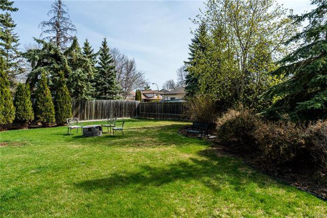 Photo 17: Photos: 605 Cathcart Street in Winnipeg: Charleswood Residential for sale (1G)  : MLS®# 1811653