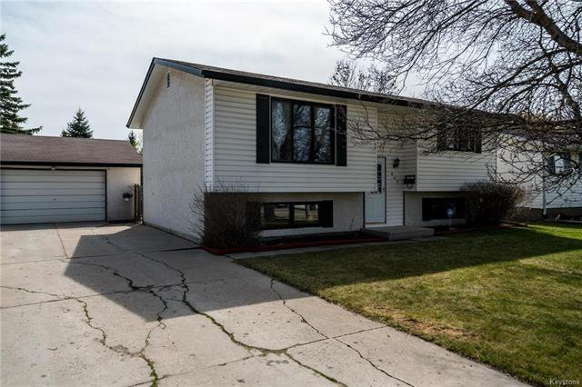 Photo 1: Photos: 605 Cathcart Street in Winnipeg: Charleswood Residential for sale (1G)  : MLS®# 1811653
