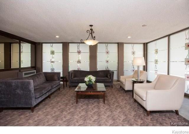 Photo 2: Photos: 1209 246 Roslyn Road in Winnipeg: Osborne Village Condominium for sale (1B)  : MLS®# 1814493