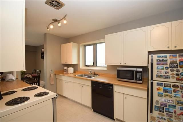 Photo 8: Photos: 1209 246 Roslyn Road in Winnipeg: Osborne Village Condominium for sale (1B)  : MLS®# 1814493