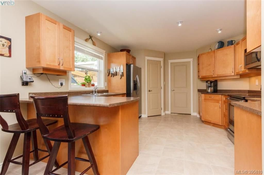 Photo 5: Photos: 1075 Fitzgerald Rd in SHAWNIGAN LAKE: ML Shawnigan House for sale (Malahat & Area)  : MLS®# 793616
