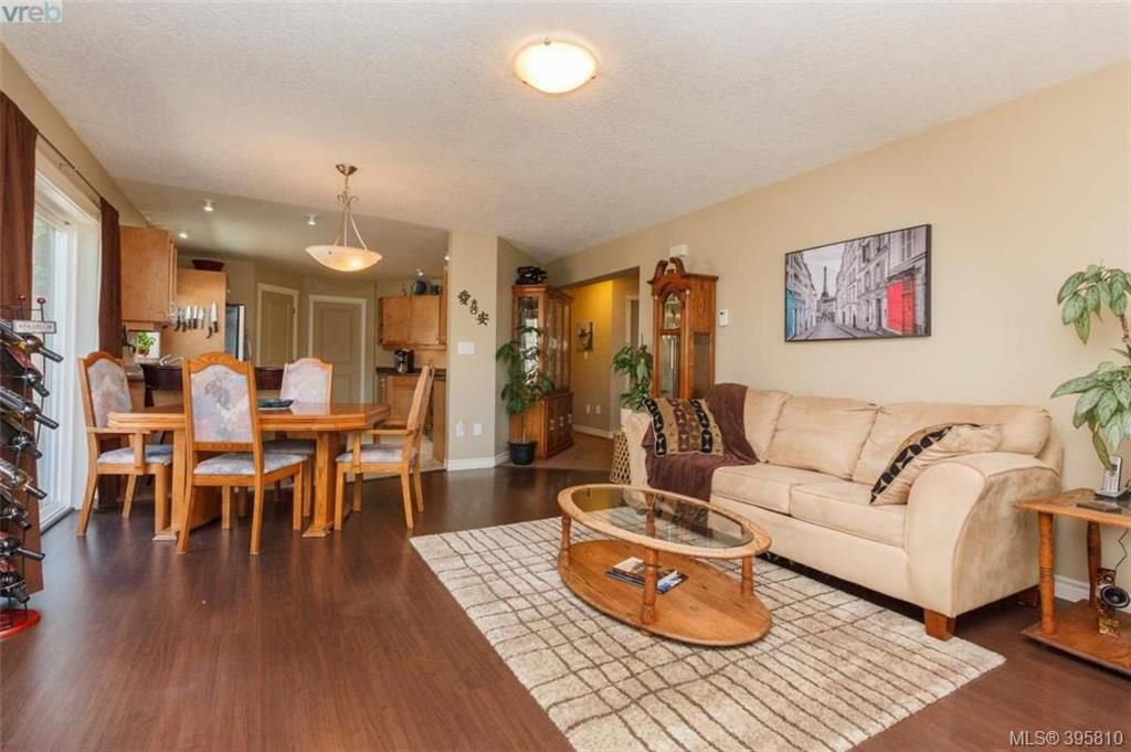 Photo 10: Photos: 1075 Fitzgerald Rd in SHAWNIGAN LAKE: ML Shawnigan House for sale (Malahat & Area)  : MLS®# 793616