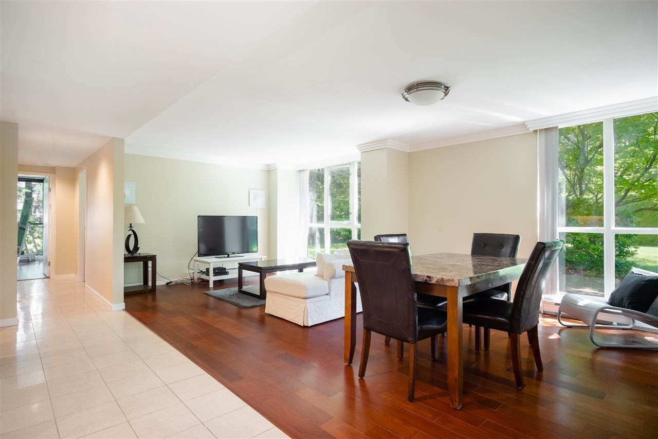 """Main Photo: 101 1633 W 10TH Avenue in Vancouver: Fairview VW Condo for sale in """"Hennessy House"""" (Vancouver West)  : MLS®# R2310225"""
