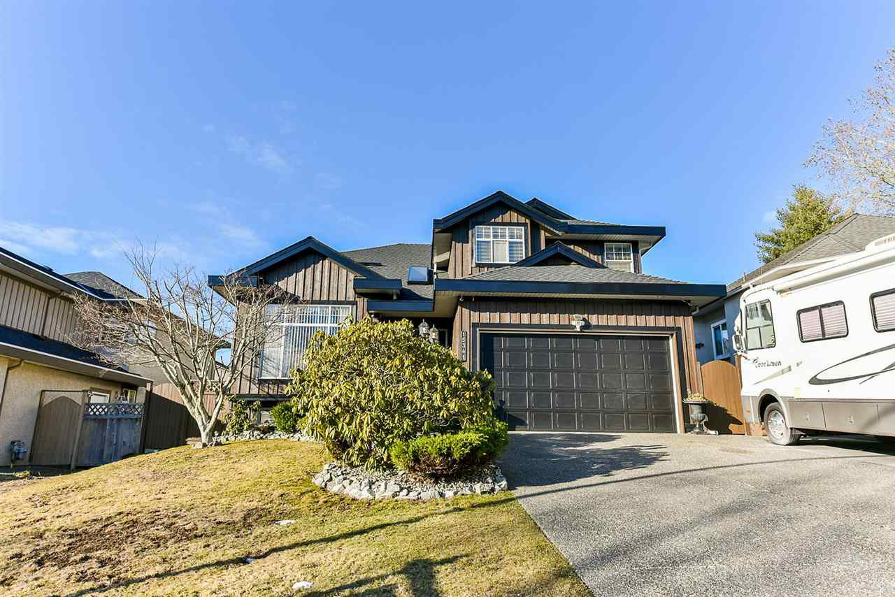 "Main Photo: 15341 80 Avenue in Surrey: Fleetwood Tynehead House for sale in ""Fairway Estates"" : MLS®# R2346856"
