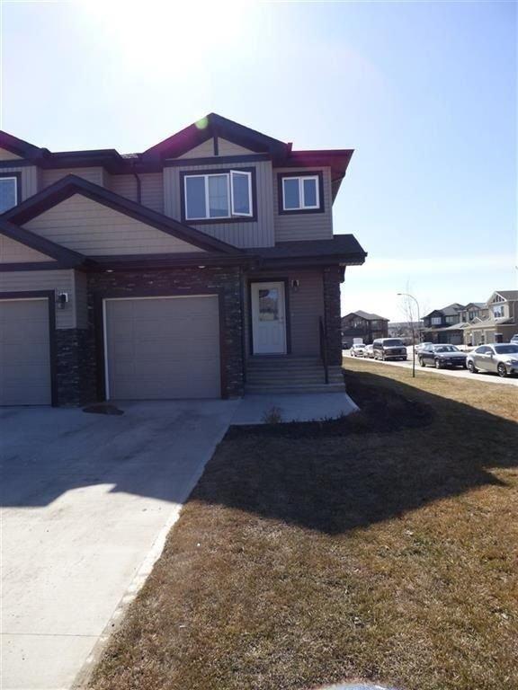 Main Photo: 13063 165 Avenue in Edmonton: Zone 27 House Half Duplex for sale : MLS®# E4148117