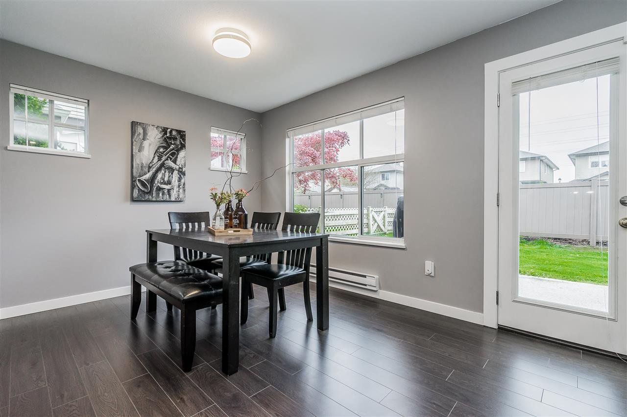 "Photo 7: Photos: 92 12099 237 Street in Maple Ridge: East Central Townhouse for sale in ""GABRIOLA"" : MLS®# R2359196"