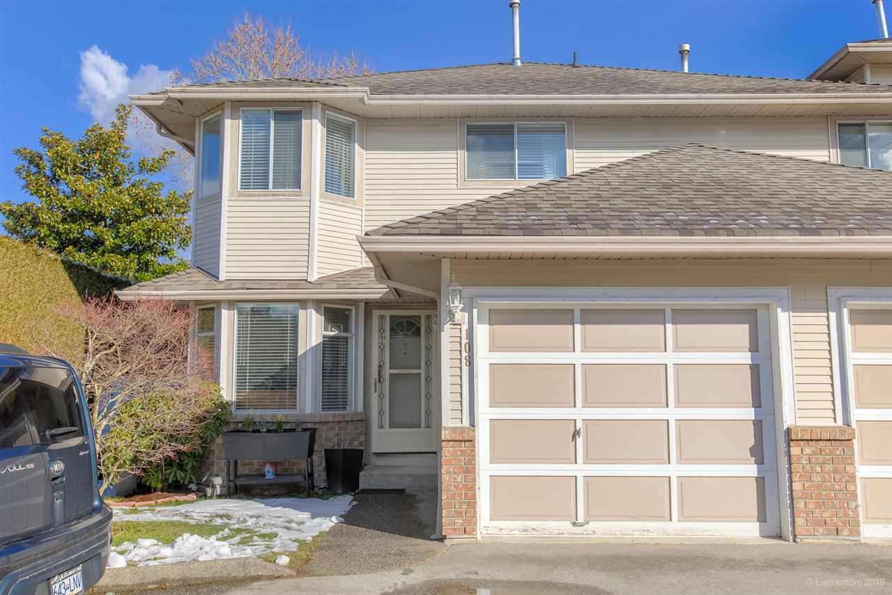 """Main Photo: 108 16255 85 Avenue in Surrey: Fleetwood Tynehead Townhouse for sale in """"WAPELLA PLACE"""" : MLS®# R2365068"""
