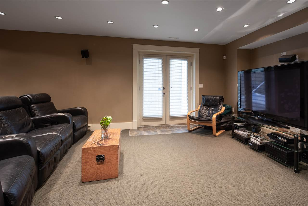 Photo 18: Photos: 902 CHILLIWACK Street in New Westminster: The Heights NW House for sale : MLS®# R2376935