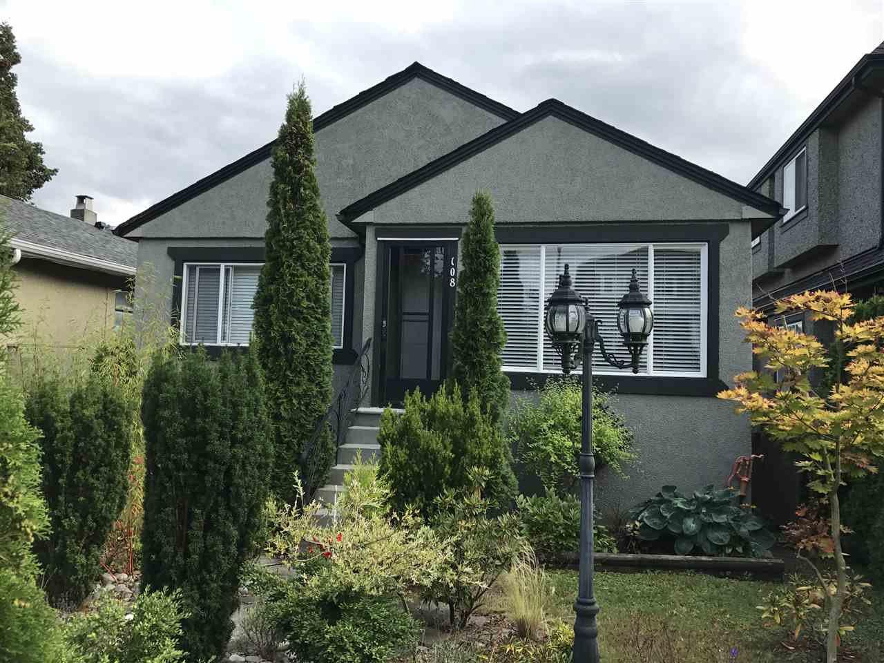Main Photo: 108 W 45TH AVENUE in : Oakridge VW House for sale : MLS®# R2395956