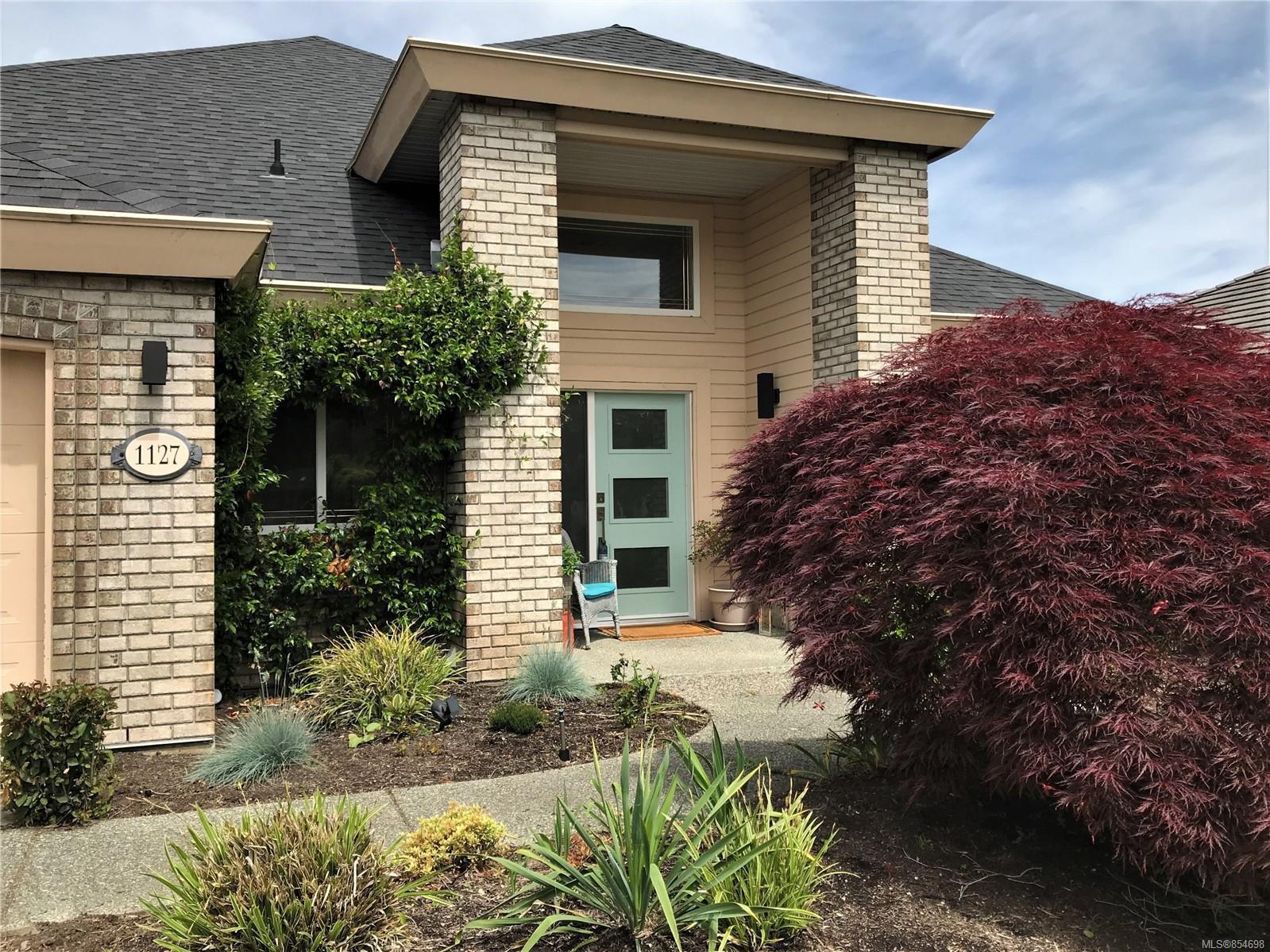 Main Photo: 1127 Ormonde Rd in : PQ Qualicum Beach House for sale (Parksville/Qualicum)  : MLS®# 854698