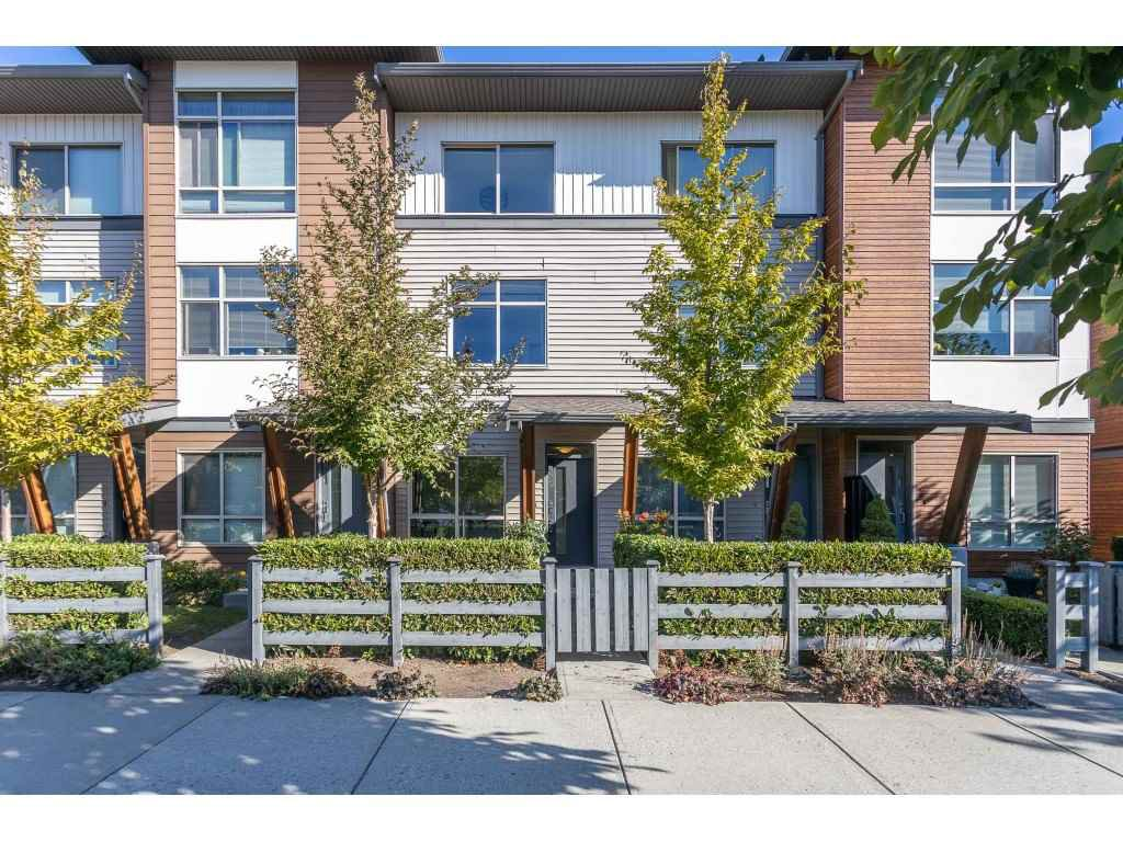 "Main Photo: 78 8473 163 Street in Surrey: Fleetwood Tynehead Townhouse for sale in ""The Rockwoods"" : MLS®# R2495289"