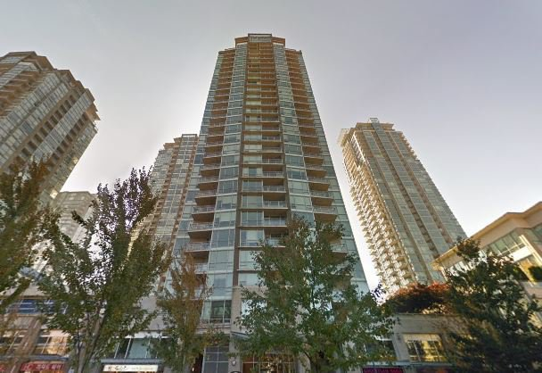 "Main Photo: 1906 2968 GLEN Drive in Coquitlam: North Coquitlam Condo for sale in ""GRAND CENTRAL 2"" : MLS®# R2505443"