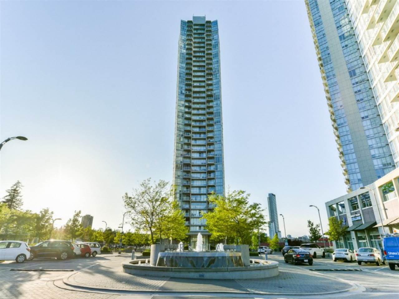 Main Photo: 607 13618 100 Avenue in Surrey: Whalley Condo for sale (North Surrey)  : MLS®# R2519005