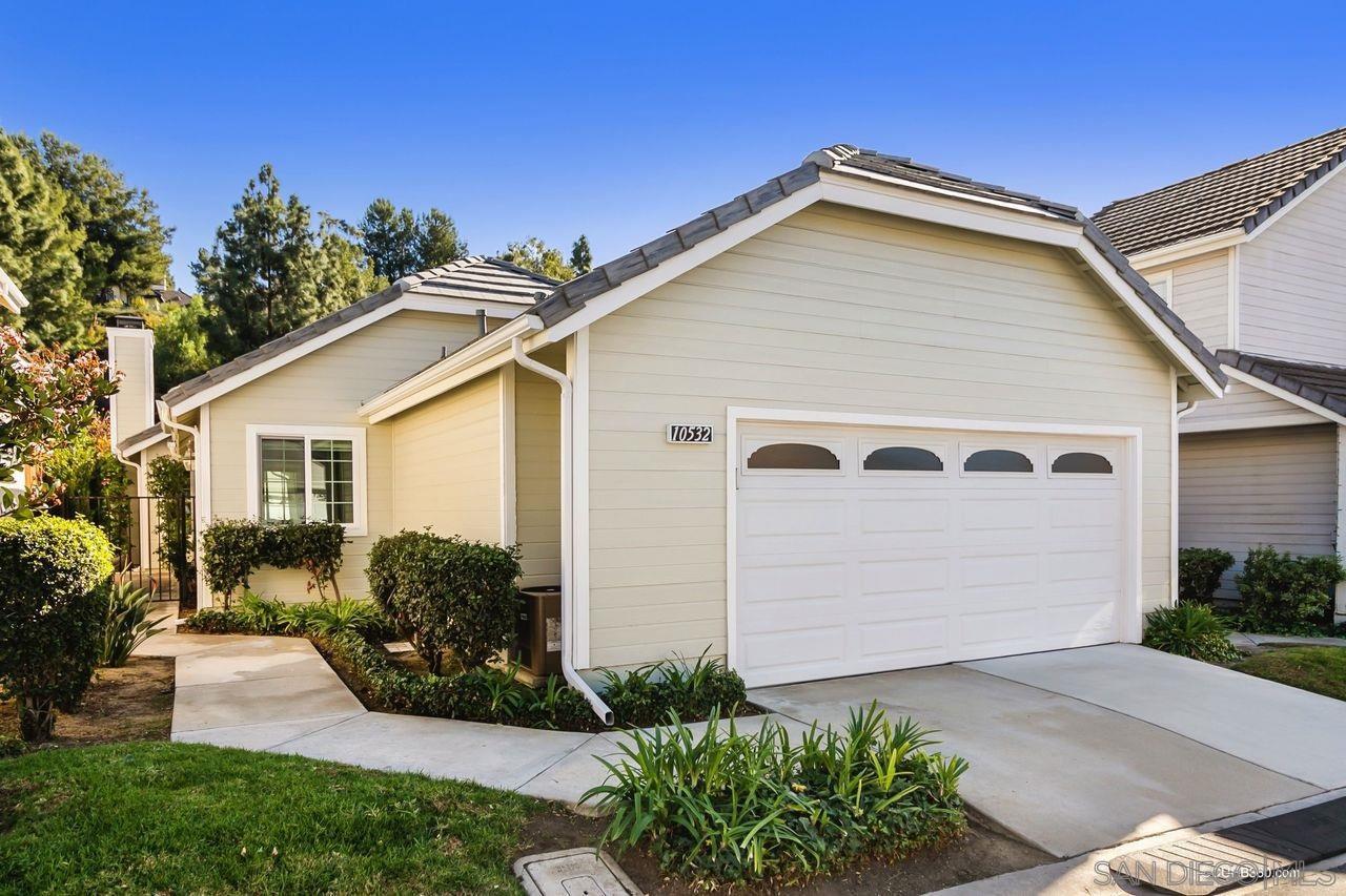 Main Photo: CARMEL MOUNTAIN RANCH House for sale : 3 bedrooms : 10532 Rancho Carmel Dr. in San Diego