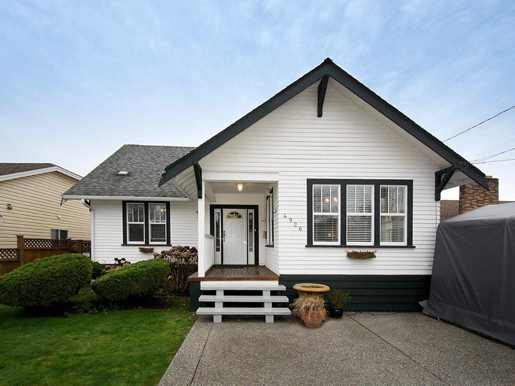 Main Photo: 4926 53RD Street in Ladner: Hawthorne House for sale : MLS®# V1104642