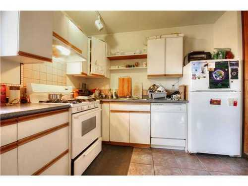Photo 9: Photos: 2637 PENDER Street E in Vancouver East: Renfrew VE Home for sale ()  : MLS®# V1037356