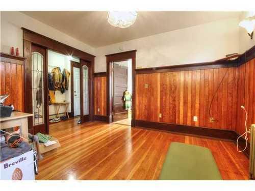 Photo 7: Photos: 2637 PENDER Street E in Vancouver East: Renfrew VE Home for sale ()  : MLS®# V1037356