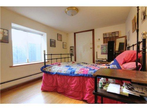 Photo 6: Photos: 2637 PENDER Street E in Vancouver East: Renfrew VE Home for sale ()  : MLS®# V1037356