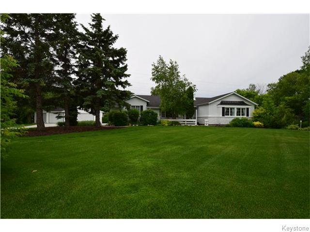 Main Photo: 100 SPATUCK Road in East St Paul: Birdshill Area Residential for sale (North East Winnipeg)  : MLS®# 1616950