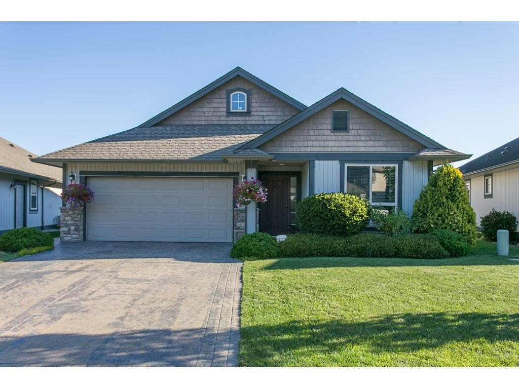 """Main Photo: 2 44465 MCLAREN Drive in Sardis: Vedder S Watson-Promontory House for sale in """"The Haven"""" : MLS®# R2110771"""