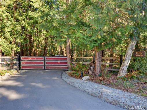 Photo 8: Photos: 1466 Tatlow Road in NORTH SAANICH: NS Lands End Single Family Detached for sale (North Saanich)  : MLS®# 374504