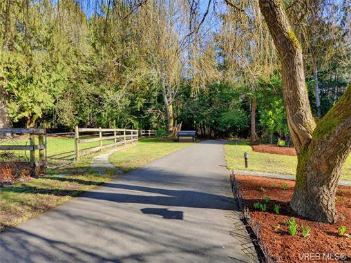 Photo 20: Photos: 1466 Tatlow Road in NORTH SAANICH: NS Lands End Single Family Detached for sale (North Saanich)  : MLS®# 374504