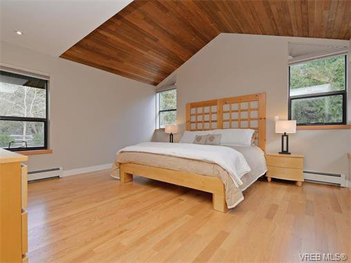 Photo 16: Photos: 1466 Tatlow Road in NORTH SAANICH: NS Lands End Single Family Detached for sale (North Saanich)  : MLS®# 374504