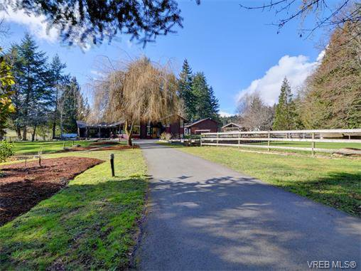 Photo 10: Photos: 1466 Tatlow Road in NORTH SAANICH: NS Lands End Single Family Detached for sale (North Saanich)  : MLS®# 374504