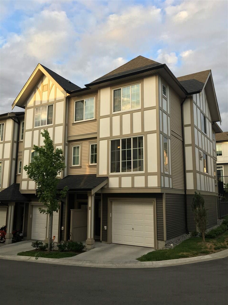 "Main Photo: 83 30989 WESTRIDGE Place in Abbotsford: Abbotsford West Townhouse for sale in ""BRIGHTON AT WESTERLEIGH"" : MLS®# R2180292"