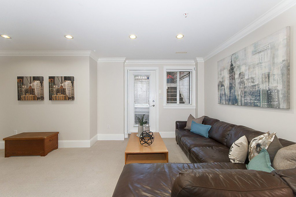Photo 33: Photos: 2349 W 8TH Avenue in Vancouver: Kitsilano House 1/2 Duplex for sale (Vancouver West)  : MLS®# R2180429