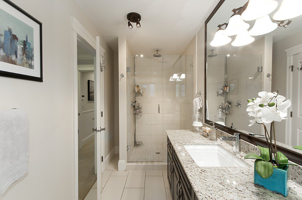 Photo 26: Photos: 2349 W 8TH Avenue in Vancouver: Kitsilano House 1/2 Duplex for sale (Vancouver West)  : MLS®# R2180429