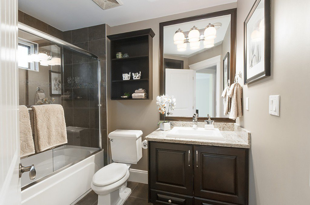 Photo 30: Photos: 2349 W 8TH Avenue in Vancouver: Kitsilano House 1/2 Duplex for sale (Vancouver West)  : MLS®# R2180429
