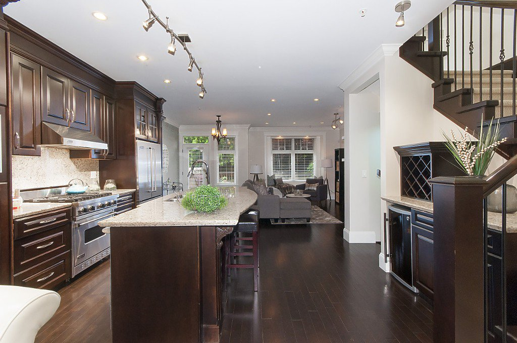 Photo 12: Photos: 2349 W 8TH Avenue in Vancouver: Kitsilano House 1/2 Duplex for sale (Vancouver West)  : MLS®# R2180429