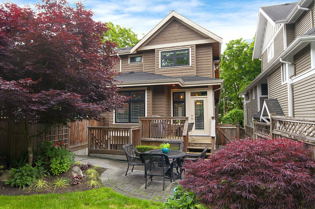 Photo 37: Photos: 2349 W 8TH Avenue in Vancouver: Kitsilano House 1/2 Duplex for sale (Vancouver West)  : MLS®# R2180429