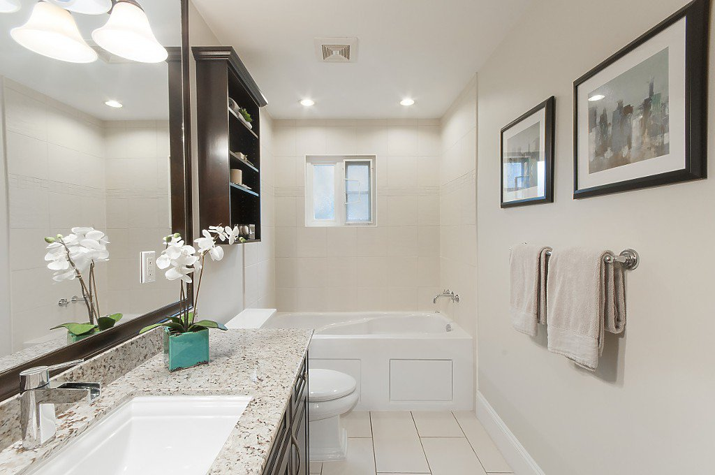 Photo 25: Photos: 2349 W 8TH Avenue in Vancouver: Kitsilano House 1/2 Duplex for sale (Vancouver West)  : MLS®# R2180429